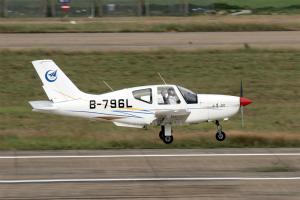 小鹰500轻型多用途飞机