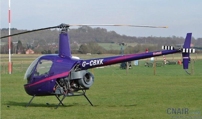 罗宾逊r22直升机